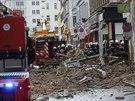 Exploze v jednom z domů na vídeňské Mariahilfer Strasse zdemolovala střechu a...
