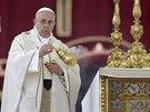 Úřadující hlava katolické církve papež František během slavnostního obřadu...