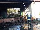 Požár na nakládací rampě samoobsluhy v Kokorách způsobil škody za nejméně půl...