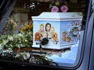 Peaches Geldofovou pohřbili v rakvi, na které byla namalovaná její rodina (21....