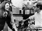 Diane Keatonová a Woody Allen ve filmu Annie Hallová (1977)