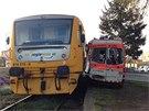 Na železničním přejezdu na trase Číšovice - Dobříš se ve středu ráno srazil