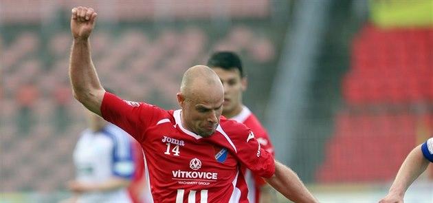 Zálo�ník Joel Lindpere nastoupil poprvé za Ostravu v zápase proti Znojmu.