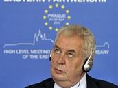 Prezident Miloš Zeman vystoupil 25. dubna v Praze na závěrečné tiskové...