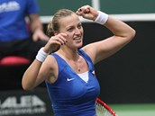 ROZHODNUTO. Petra Kvitová slaví postup do finále Fed Cupu.