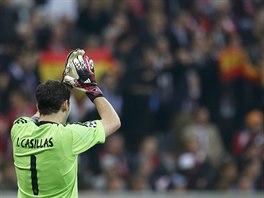 Brankář Iker Casillas si v semifinálové odvetě Ligy mistrů připsal 428....