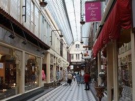 Oblíbeným místem Pařížanů jsou zastřešené pasáže ve čtvrti Opera, kde najdete...