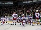 ZKLAMÁNÍ. Hokejisté pražského Lva po sedmém finále KHL na ledě Magnitogorsku.