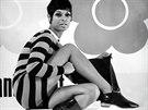 Kampaň z roku 1967: chybět nesměly krátké vlasy, minišaty ani vysoké kozačky.