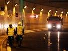 D�ln�ci se po t�m�� p�ti m�s�c�ch vr�tili na stavbu tunelov�ho komplexu Blanka