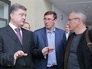 Kandidát na prezidenta Ukrajiny Petro Porošenko diskutuje s Michailem...