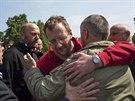 Proruští separatisté ve Slavjansku propustili zadržované inspektory Organizace...