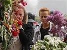 Obyvatelé Oděsty truchlí za obšti pátečních nepokojů (4. května 2014)