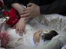 Kramatorsk. Pohřeb mladé sestřičky, kterou zastřelily ukrajinské jednotky (5....