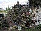 Proruští ozbrojenci v Slavjansku (5. května 2014)