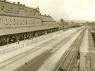 Historický pohled na nádraží v Ostravě-Svinově.