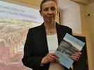 """Památkářka Alena Borovcová, která napsala knihu o """"Ferdinandce""""."""