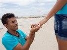 Francinaldo da Silva Carvalho navlékl své lásce prsten.