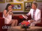 Mila Kunisová v show Ellen DeGeneresové prozradila, jaké má těhotenské chutě.