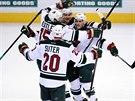 Gólová radost hokejistů Minnesoty v rozhodujícím duelu s Coloradem.