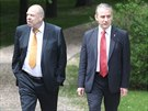 Na recepci na ruském velvyslanectví přicházejí zástupci odborů - jejich bývalý...