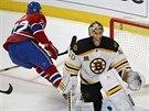 Dale Weise z Montrealu právě pokořil bostonského gólmana Tuukku Raska.
