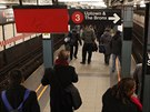 Newyor�an� nemus� sp�chat na posledn� metro, nebo� podzemka jezd� 24 hodin...
