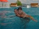 Gábina Partyšová se synem v Aqualandu nedaleko Pasohlávek na jižní Moravě
