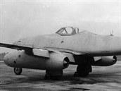 Antonín Kraus zalétal první proudový letoun vyrobený v Československu. Stalo se tak 27.8.1946 na stroji Avia S-92.