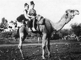 V BEJRÚTU. Přes Bejrút, dnešní Libanon, prošla celá řada československých...