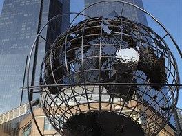 �asto vl�dne p�edstava, �e New York je m�stem b�l�ch, kde se mluv� v�hradn�...