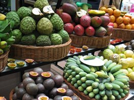 Madeira, neuv��iteln� druhy tropick�ho ovoce
