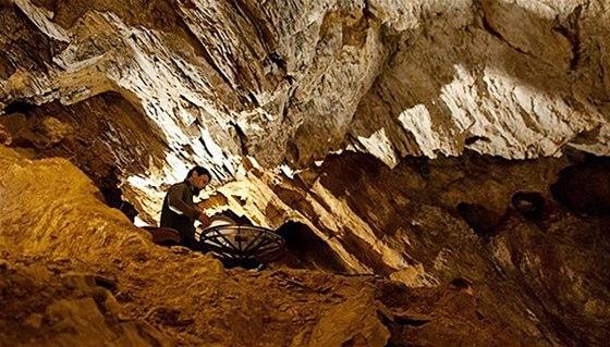 Vystoupen� ve Zbra�ovsk�ch aragonitov�ch jeskyn�ch
