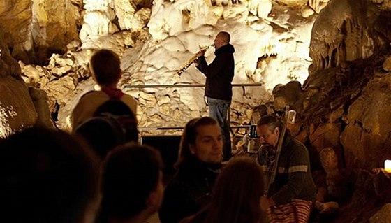 Vystoupení v Javoříčských jeskyních