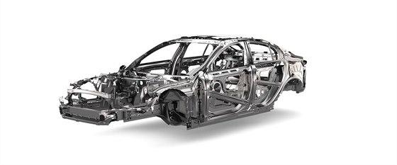 Skelet chystan�ho Jaguaru XF