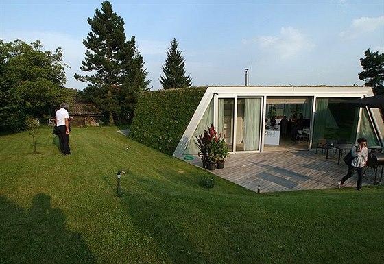 V soutěži Grand Prix architektů 2014 v kategorii rodinný dům zvítězila stavba...
