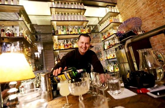 Alex Kratěna z Brna patří mezi absolutní barmanskou špičku. Jeho domovským...