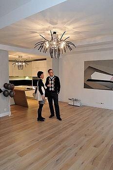 K�i���lov� lustry mohou sv�tit i ve va�em domov�. Vneste dom� �mrnc i eleganci