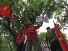 Protesty v Hanoji proti instalaci čínské ropné plošiny u Paracelských ostrovů...
