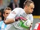 MÁM! Mladoboleslavský brankář Jakub Diviš chytá míč v utkání proti Plzni.