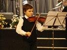 Lukáš ze Starého Plzence při vystoupení na Plzeneckých housličkách