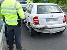 Řidička pod vlivem drog nabourala před sebou jedoucí auto Škoda Fabia
