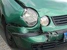 Žena ve voze Volkswagen Polo nabourala vůz jedoucí před ní. Když ji policisté...