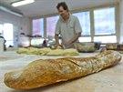 Křupavá bageta je vlajkovou lodí pekárny Petite France.