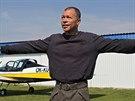 """""""I'm happy. I'm a pilot!"""" nadšeně jásal poté, co přistál po přezkušovacím letu..."""