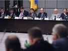 Špičky ukrajinské politiky se sešly v Charkově, proruské separatisty však nikdo