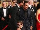 Vitalij Seďuk se nečekaně vrhl k nohám Bradleyho Coopera .