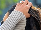 Amal Alamuddinov� uk�zala z�snubn� prsten od George Clooneyho.