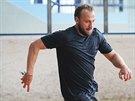 Zkušený obránce Petr Kadlec  na prvním tréninku v Plzni dokazoval, že to umí i...