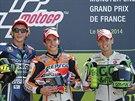Tři nejlepší nuži ze závodu MotoGP na Velké ceně Francie (zleva): druhý...